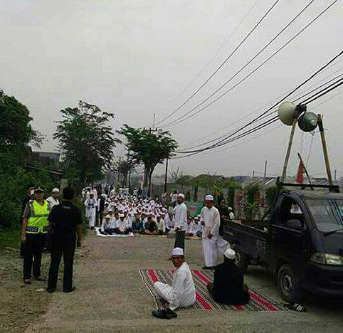 INDONESIA | JUN. 03, 2020 — Islamists Protest Churches Meeting in Mall