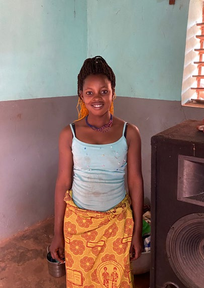 BENIN | MAY. 31, 2021 — Young Woman Rejected by Family for Following Christ